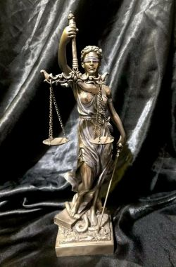 LA JUSTICIA Goddess Greek Bronze Cold Cast Coated Statue 31cm tall, Brand New