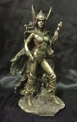 FRIGGA Norse Goddess Statue 26cm Tall