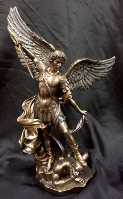 ARCHANGEL MICHAEL(Medium) Standing On Demon Bronze 37cm